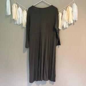 Tommy Bahama Dresses - Tommy Bahama Grey Stretchy Cotton Dress